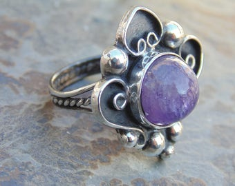 Artemio Navarrete ~ Vintage Taxco 980 Silver and Natural Amethyst Ring - Size 6