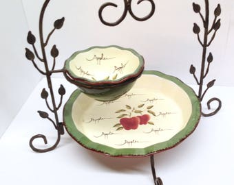CHIP & DIP SET of the Home Interiors' Apple Orchard Collection is a Large Earthenware Deep Fluted Dish and Deep Dip Bowl in a Metal Display