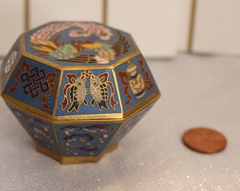 Vintage Teal Cloisonne trinket box jewelry case jar bowl dish Phoenix flowers fish shell clouds brass
