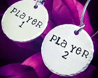 Player 1 & Player 2 Hand Stamped Necklace Set. Gamer Necklace, Gamer Jewellery, Gaming Necklace, Geek Necklace, Wedding Gift, Couples Gift