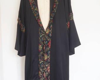 1920's slub silk Opera Coat with Fur trim and woven embroidery. Flapper Coat !