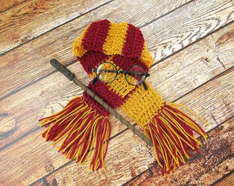 Harry Potter Newborn Photo Prop Set, Gryffindor Scarf, Glasses and Wand