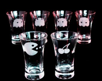 PACMAN. Retro themed Gamer shotglasses