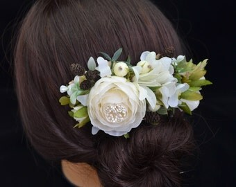 Flower Hair Comb Ivory hair comb Flowers Hair Ivory Wedding hair accessories Wedding hair comb Bridal hair accessories Ivory bridal comb
