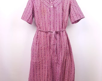 Cotton Shirt Waist Belted Dress Vintage 1960s Short Sleeve Floral Spring Dress Casual