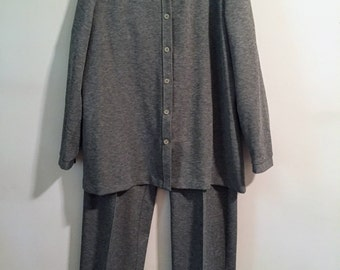 Women's Vintage Grey Jacket and Pant Suit/1970s Women's Clothing