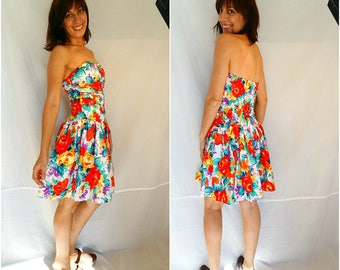 Backless summer dress size Medium Floral pin up tight dress sexy floral sundress sun dress summer party dress vintage 90s