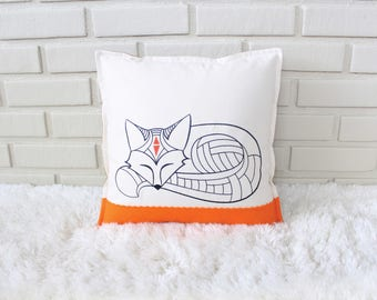 Fox Pillow / Woodland Decorative Pillow / Woodland Child's Room / Embroidered Pillow / Woodland Decor / Embroidery Art
