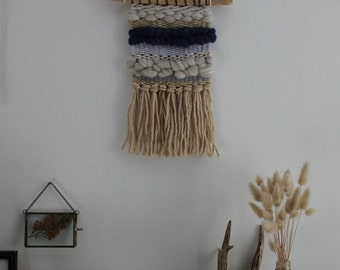 Weaving wall blue tones