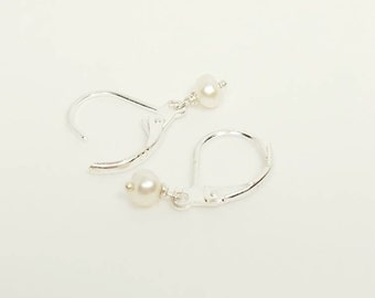 dainty pearl earrings, dainty pearl dangle, white pearl earrings, bridal earrings, minimalist earrings, dainty earrings, tiny earrings