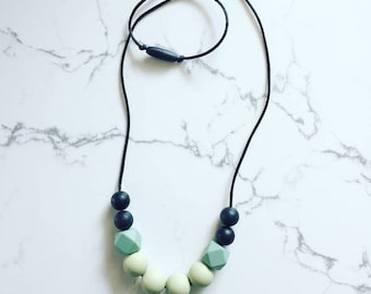 Teething Necklace Silicone Bead Teething Necklace Neutral Mommy Necklace Black and Sage