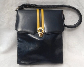 "1960's ""Camelle"" by Essell Bag"