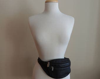 Roots Canada Vintage Black Leather Fanny Pack