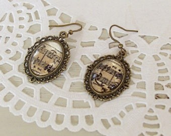 Earrings cabochon old sheet music under glass, music, musician jewelry, vintage metal cameo cabochon bronze brass.