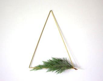 Brass Himmeli Trangle, Modern Minimalist Himmeli Mobile, Geometric Ornament, Air Plant Holder