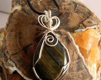 Tigers Eye Wire Wrap Pendant - Wire Wrapped Tigers Eye Pendant - Tigers Eye Necklace - Wire Wrapped Stone Pendant  - Tigers Eye Pendant