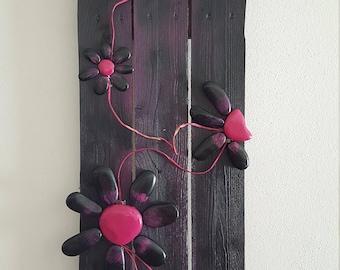 Pebble Art Magenta Flower