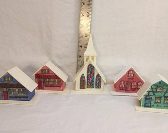 Vintage Christmas Alpine Village plastic replacement light covers: 5 piece set with stained glass church, 1 blue, 1 green and 2 red houses