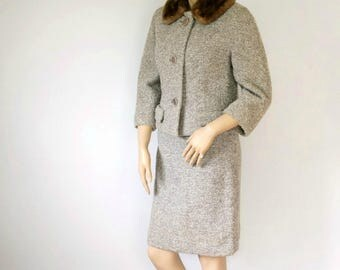 1960's Women's Suit Wool Fur Collar Paul Blumenstein Tweed Crop Jacket Straight Skirt Jacket and Skirt Size Small