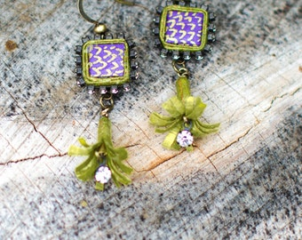 Forever flowers. Rhinestones and Shimmery Paper - Purple & Green Earrings - First Anniversary - Bridesmaid - Boho Jewelry