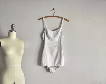 1950s swimsuit | amalfi villa | vintage white bombshell bathing suit