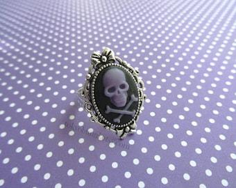 Purple Skull Bow Cameo Ring- Kawaii- Punk- Sweet Lolita- Gothic Lolita- Pastel Goth- Harajuku