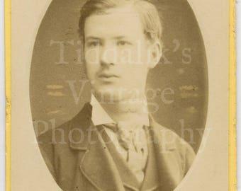 CDV Carte de Visite Photo Young Smart Handsome Victorian Man Oval Framed by Haes & Vandyk London England - Antique Photograph