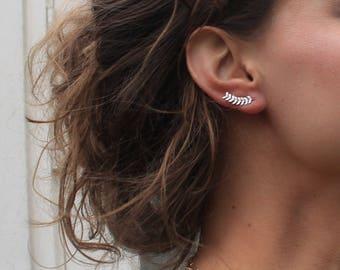 Birthday gift, Ear Climber, Friend gift, Mom gift, Sister gift, Leaf Earrings, Ear cuff, Ear crawler, Ear Crawler Earrings, Gift for her