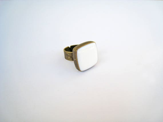 White ring, bronze white statement ring, white resin ring, square ring, modern minimalist, summer wedding, antique bridal jewelry