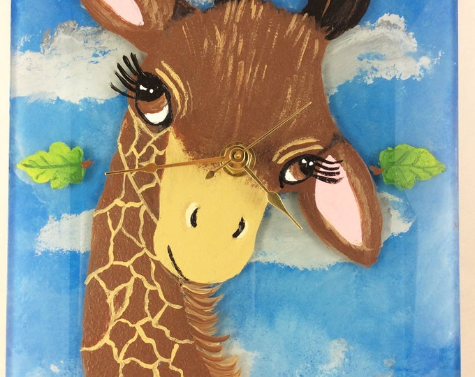 Wall Clock, Giraffe Clock, Home Decor, Nursery Decor, Giraffe lover gift, Giraffe Lover, Giraffe Decor, Kids room decor, Christmas Gift