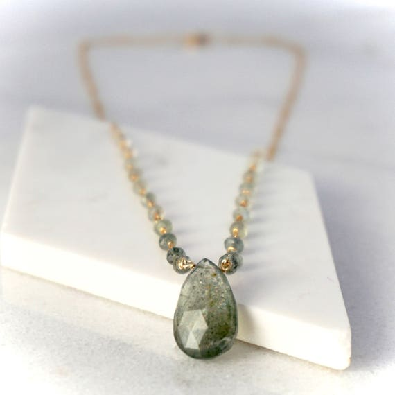 Moss aquamarine ombre necklace