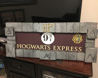 New Harry Potter Hogwarts Express 9 3/4 SIGN ( LARGE ) Prop