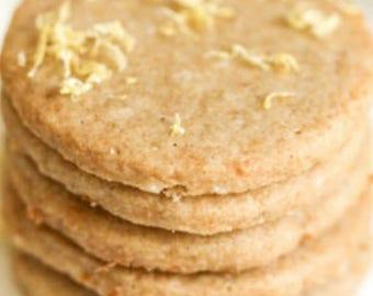 Lemon vegan shortbread cookies