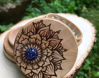 Free shipping one a kind druzy blue three peice herb grinder, wooden herb grinder
