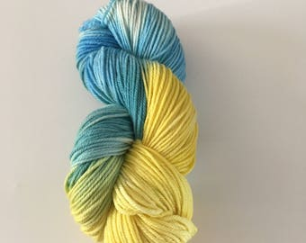 Superwash Merino Wool, Hand Dyed Merino, HandDyed Wool, Superwash Yarn, Merino Yarn, Worsted Weight Merino, Superwash Wool