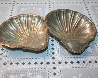 2 Vintage footed Silver Shell Dishes scallop, clam,  Medium in size,  Water. Sea. Offering plate, ring dish