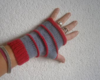 Pink and gray wool mittens handmade knitted seamless