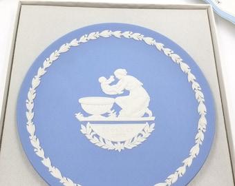 Blue Wedgwood Jasperware Mothers Day Plate 1973, Commemorative Plate