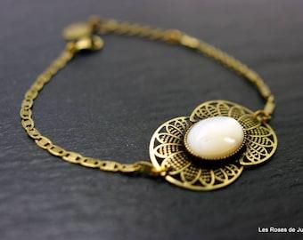 Art deco bracelet mother of Pearl