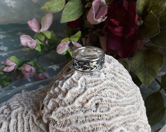 Sterling silver dolphins ring, size 6