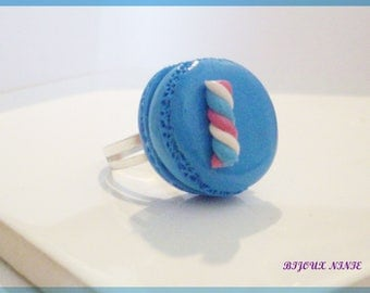 Ring badge and blue gourmet Marshmallow Fimo