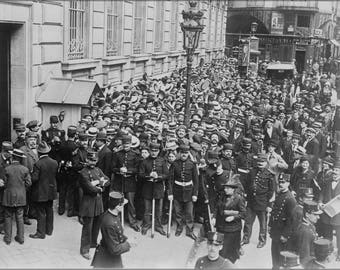 Poster, Many Sizes Available; Paris Crowd Before Bank Of France 1910