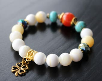 Bracelet shell stone, turquoise and agate, clover charm