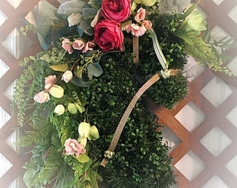 Spring and Summer Horse Head wreath. Deluxe Horse wreath. Mothers Day horse wreath. Easter Equestrian wreath. Country wreath. Boxwood.