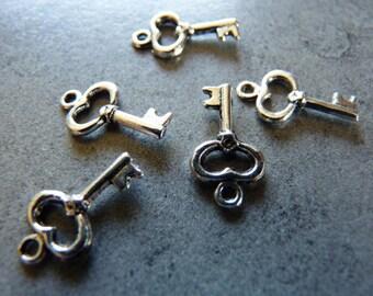 5 key metal charms