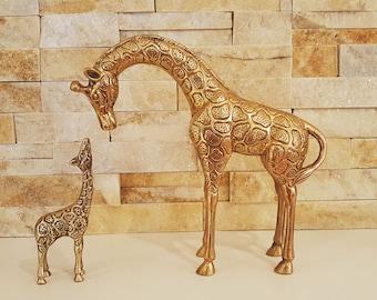 Vintage, Vintage Brass, Giraffe Figurines,brass giraffe, brass figurine, Giraffe with a baby, Brass decor, Brass,