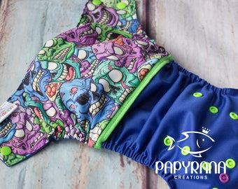 Zombis Adjustable cloth diaper with snaps / one-size Pocket Cloth diaper / zombi print / multicolore diaper / geek diaper