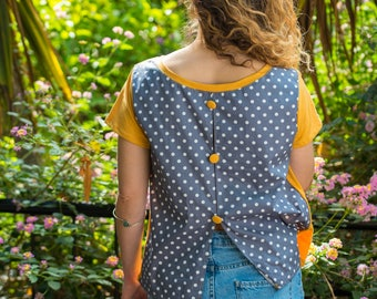 T-shirt in yellow, gray with buttons