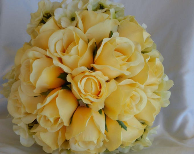 Pale yellow ans hydrangeas round wedding bridal bouquet set
