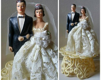 "Vintage Wedding cake topper / 1950s / bride and groom / lace , tuxedo / brunettes / dapper , elegant / filigree / cream / 5.5"" x 3.5"""